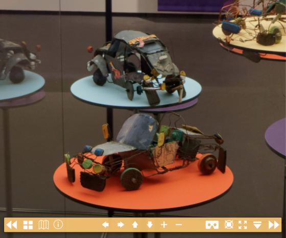 Spielzeugautos in der Ausstellung «Auto-Didaktika» des Völkerkundemuseums der Universität Zürich